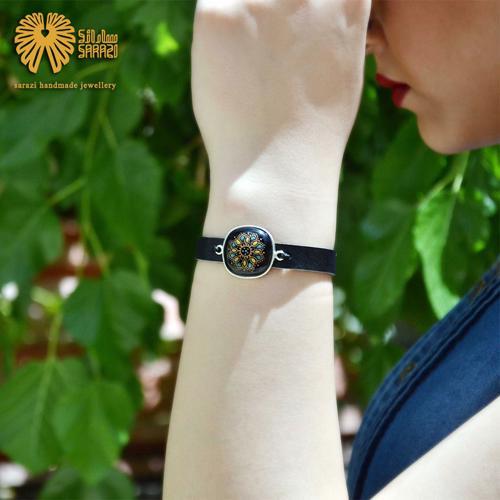 دستبند زنانه طرح ستاره هشت پر