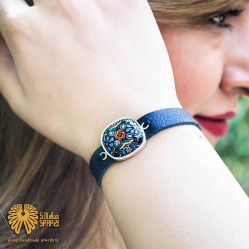 دستبند زنانه طرح دولوتوس