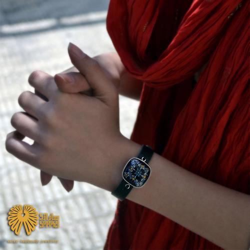 دستبند زنانه طرح ارغوان