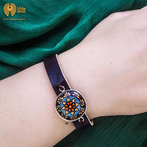 دستبند زنانه طرح دادمهر