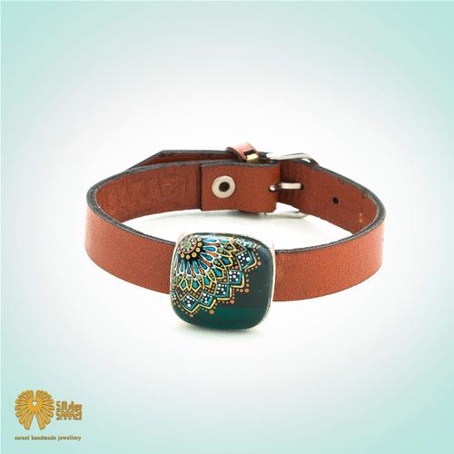 دستبند زنانه طرح لچک
