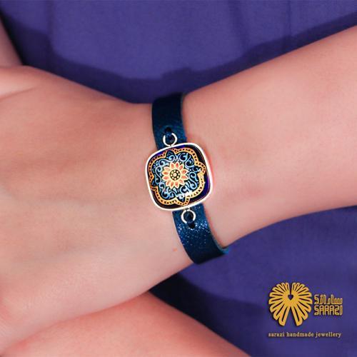 دستبند زنانه طرح نگار آبی