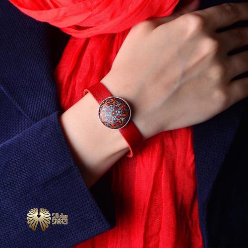 دستبند زنانه طرح رها