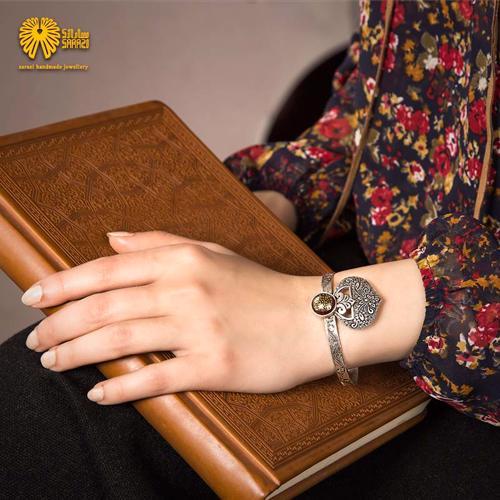دستبند زنانه طرح پرواز