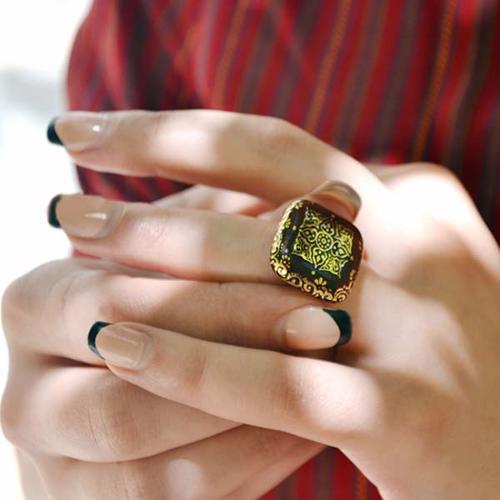 انگشتر زنانه طرح چهارگوشه زرین