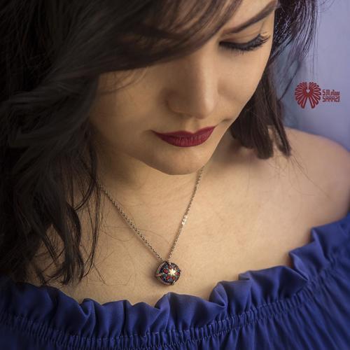 گردنبند زنانه طرح کاشی صفویه